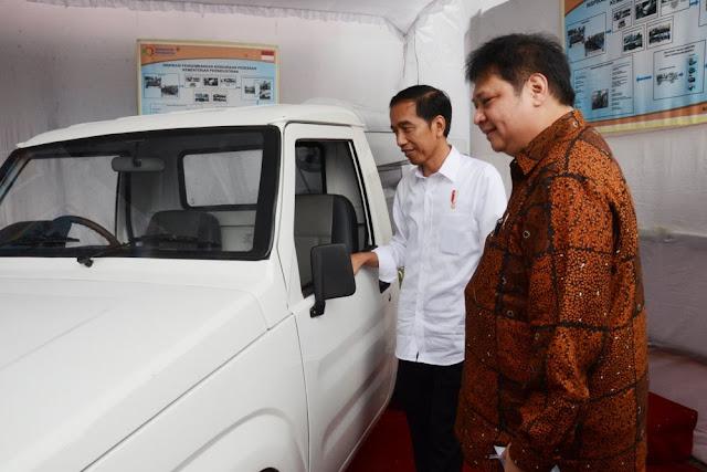 Jokowi-JK Ada di Balik Mulusnya Langkah Airlangga jadi Ketum Golkar