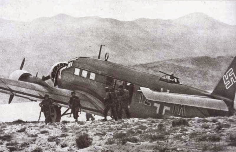 October-28-1940-photo-13