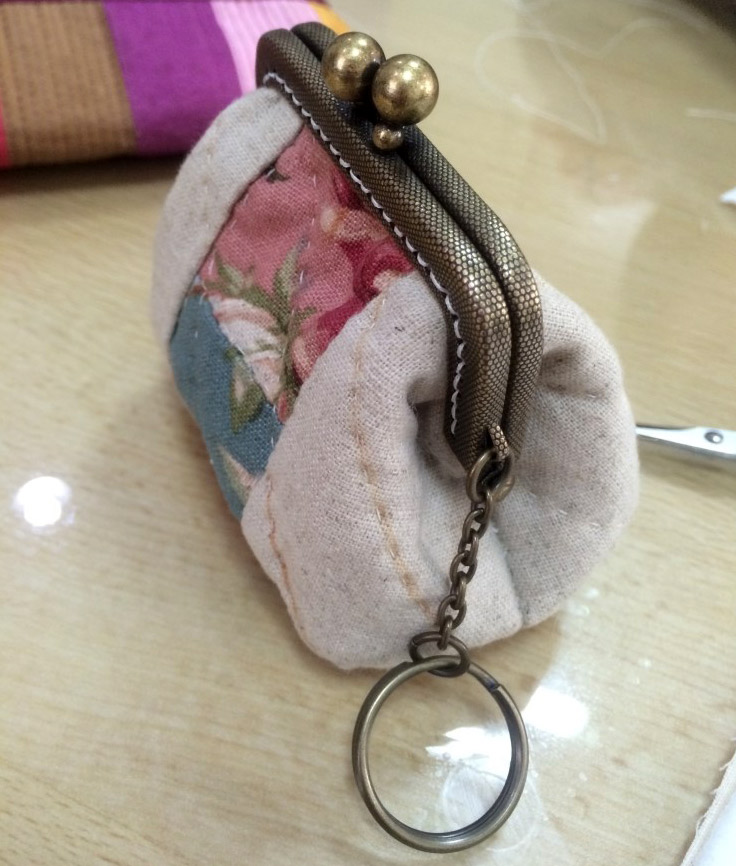 Quilted Coin Purse. DIY in Pictures.