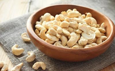 6 Manfaat Luar Biasa Kacang Mete Untuk Kesehatan