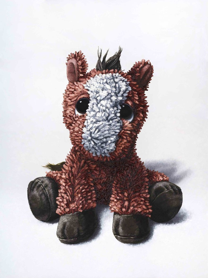 11-Baby-Horse-Brent-Estabrook-Realistic-Paintings-of-Stuffed-Animals-www-designstack-co