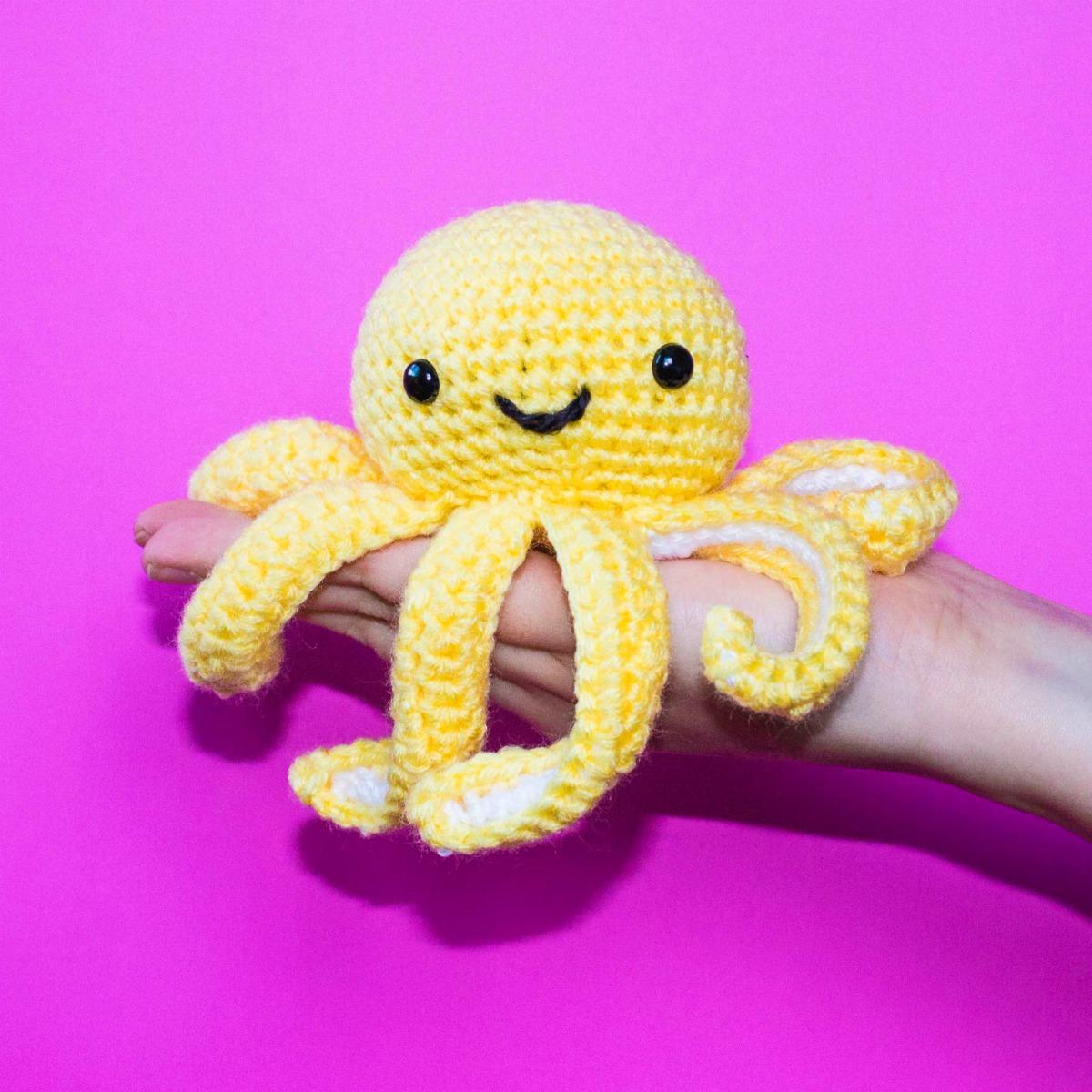 Free Crochet Pattern For Mini Octopus Thefriendlyredfox