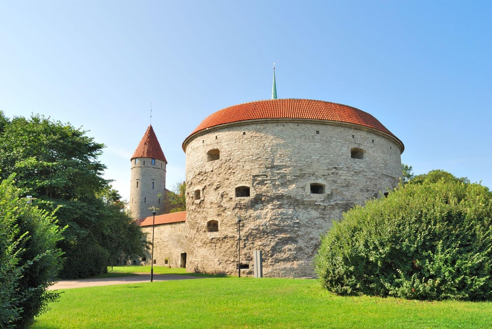 Estonia paradise of the north november 2016 for 3 famous landmarks
