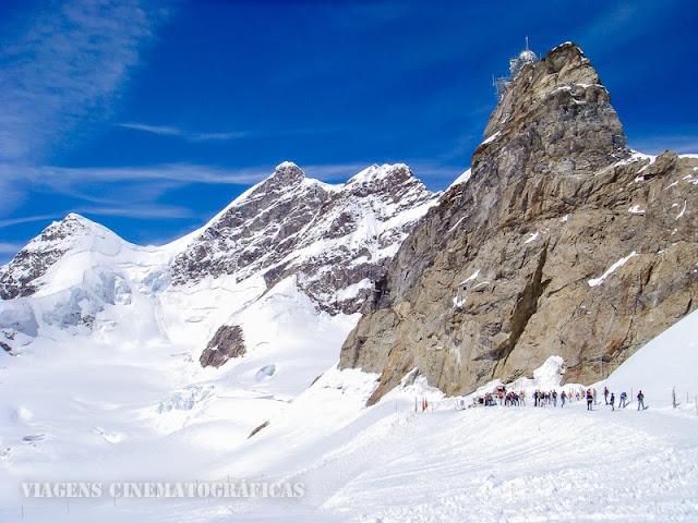 Neve na Suíça no Verão
