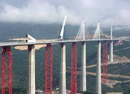 كتاب اكثر من رائع عن تصميم الخرسانة الجاهزة للجسور  Images%2B%252813%2529