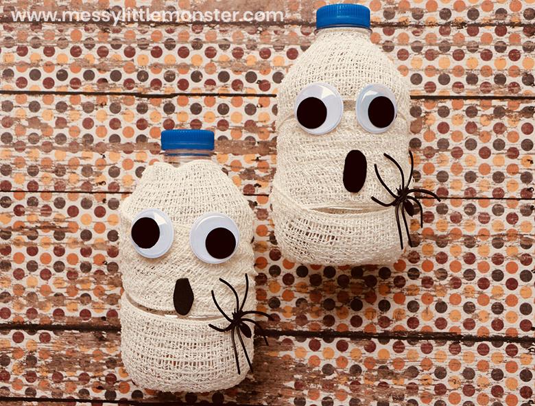 Mummy Water Bottles - Halloween drinks & Cute Halloween Decorations!