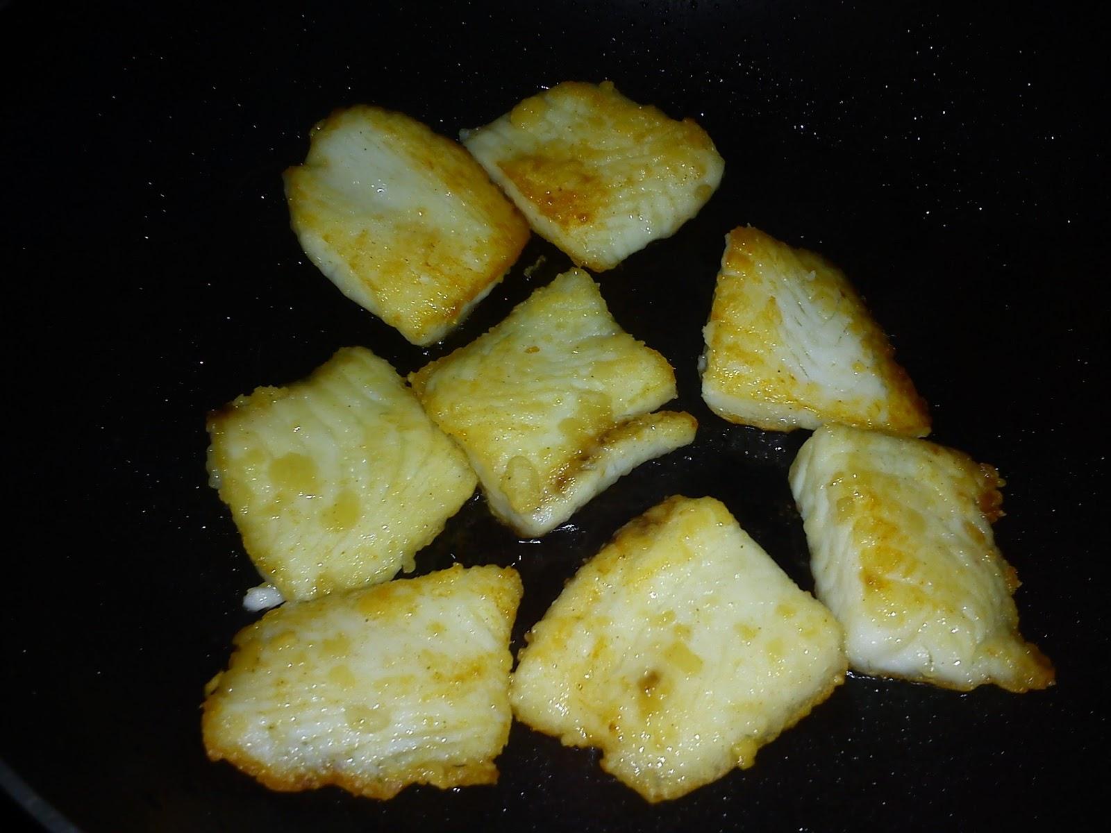 Cooking pleasure black pepper sauce fish fillet for Cooking fish fillets
