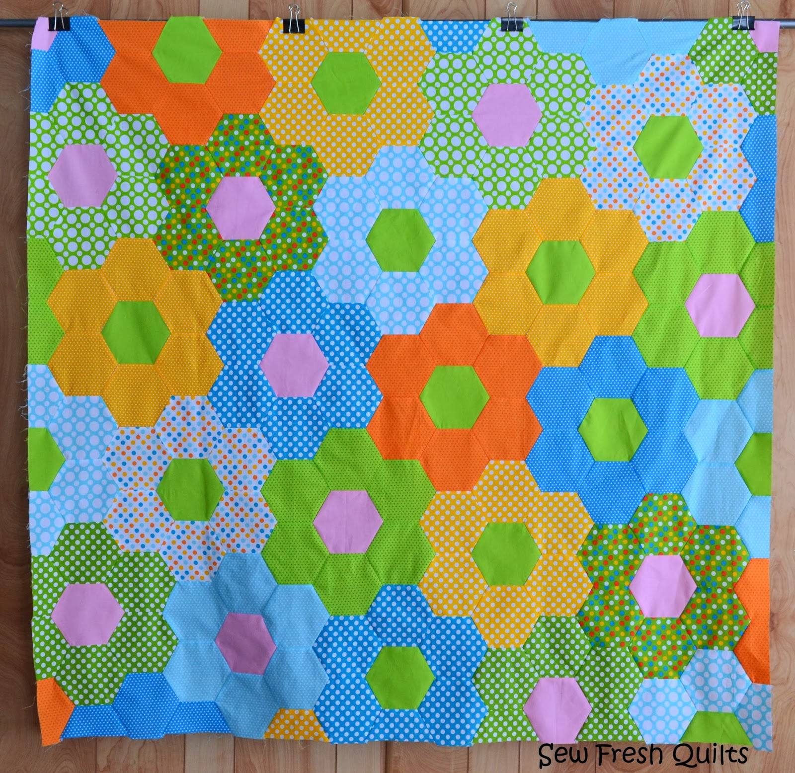 Sew Fresh Quilts: Tutorial for Sewing Hexagons by Machine