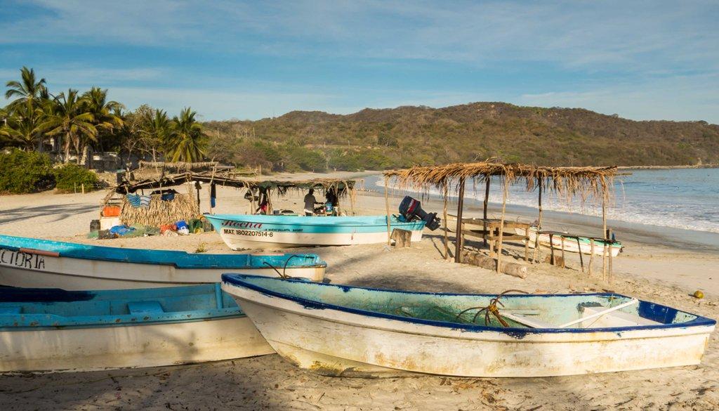 Excursionistas2 bucerias for Punta mita fishing