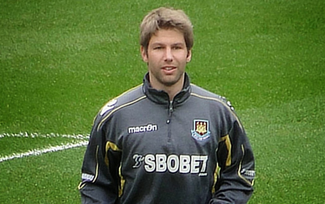 Former Germany player Hitzlsperger reveals he is a gay