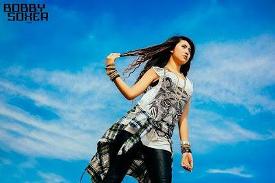 Bobby Soxer - Myanmar Model Girls