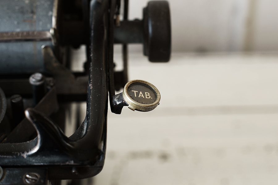 Blog + Fotografie by it's me! - fim.works - Ideal B Schreibmaschine, Tab-Taste