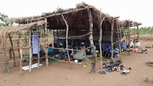 masjid sederhana di afrika