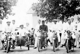 Sejarah Asal Usul Sepeda Motor Masuk Ke Indonesia