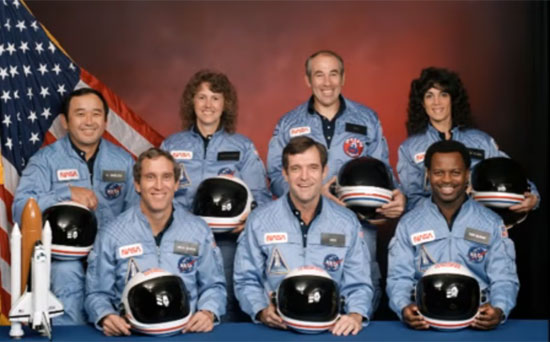 Francis R. (Dick) Scobee (Commander), Michael John Smith (Pilot), Ellison S. Onizuka (Mission Specialist One), Judith Arlene Resnik (Mission Specialist Two), Ronald Erwin McNair(Mission Specialist Three), S.Christa McAuliffe (Payload Specialist One), dan Gregory Bruce Jarvis(Payload Specialist Two).