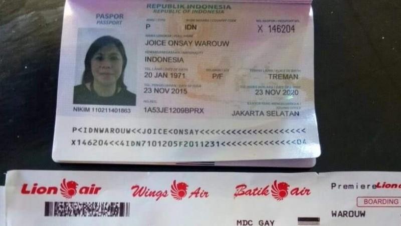 Paspor milik Joice Onsay Warouw