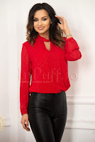 Camasa rosie cu detalii sclipitoare