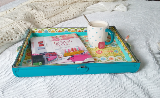 How to make a tray from an old suitcase