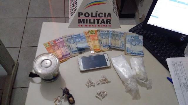 Dupla é presa por tráfico de drogas no Bairro Planalto em Almenara