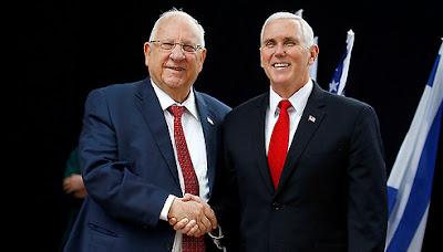 Pence chega a Israel em plena polêmica por decisão de Trump sobre Jerusalém