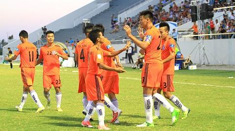 hình ảnh đội bóng lớn của SHB Đà Nẵng