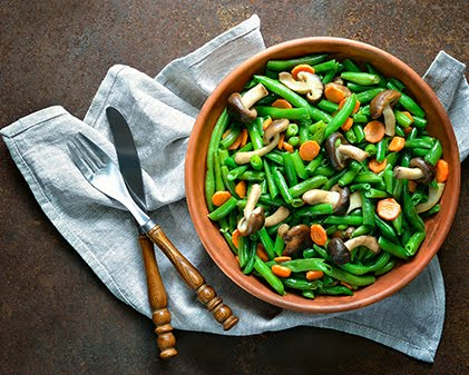 Green Beans With Mushrooms and Bacon