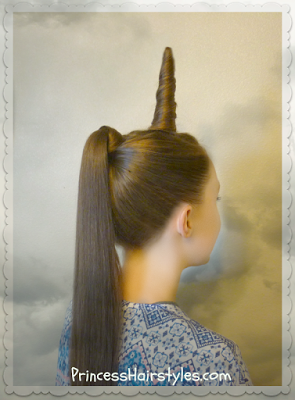 Unicorn hairstyle tutorial, perfect for Halloween!