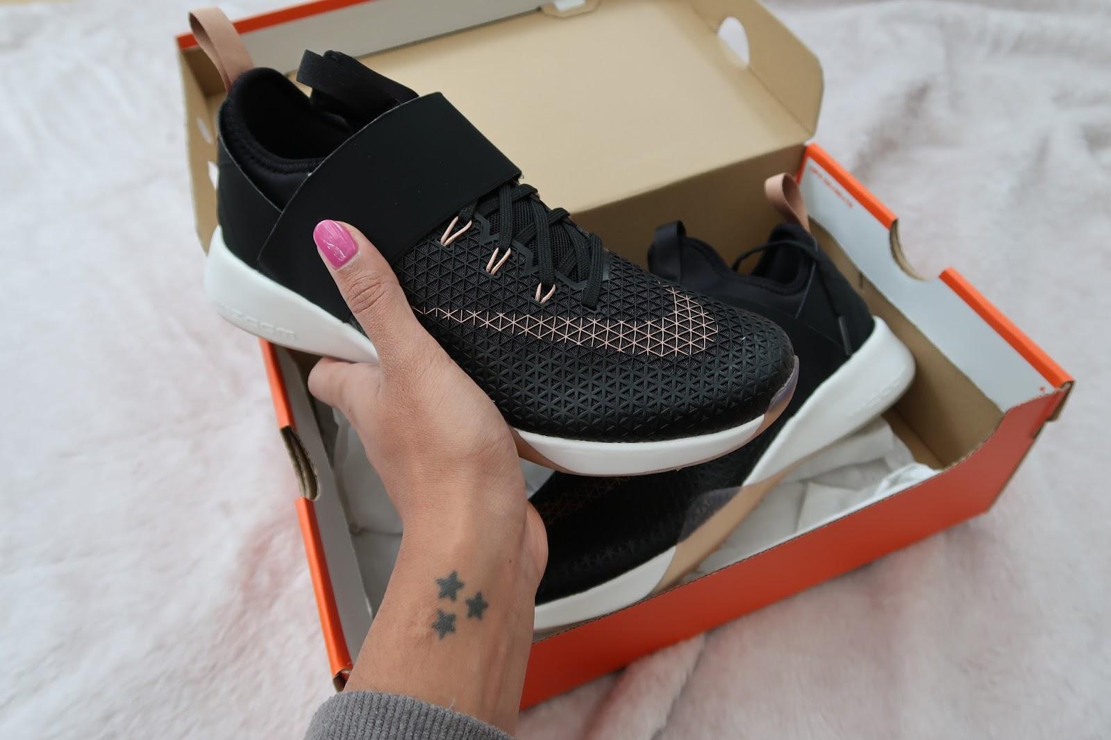 Soy Aneesha Nike Air Zoom Zoom Air Fuerte 224098