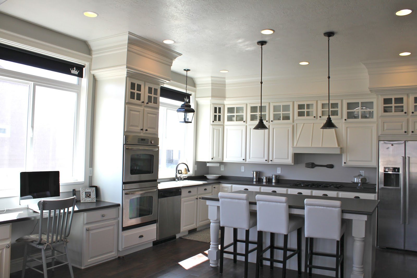 White Kitchens With Soffits