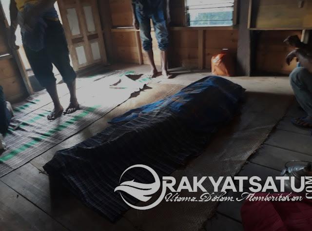 Mayat Pria Paruh Baya Ditemukan Tergeletak di Tondok Iring