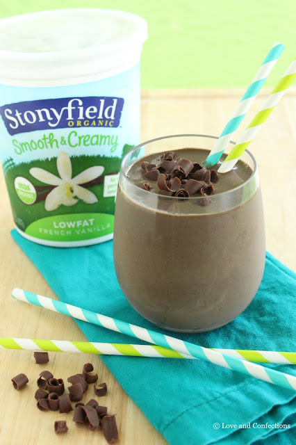 Dark Chocolate Green Smoothie from LoveandConfections.com #LnCSmoothieSaturdays