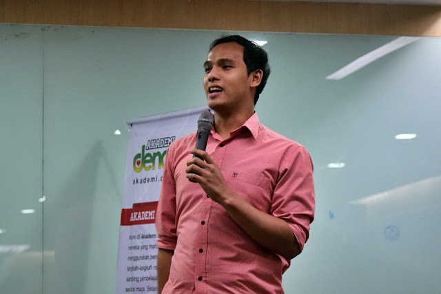 Prof Hariz, Internet Marketing, PolicyStreet