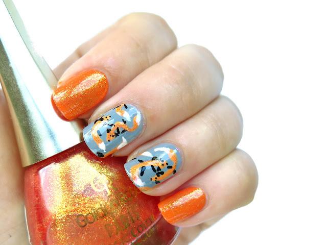 zdobienie paznokci lisy ręcznie malowane urocze
