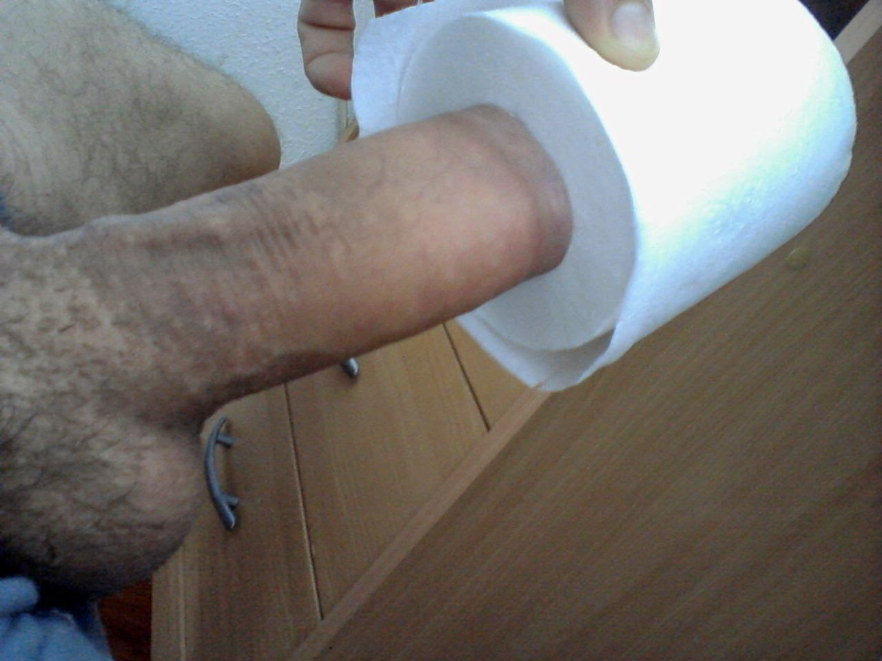 Hornyboys Toilet Paper Roll Penis Size Test 2