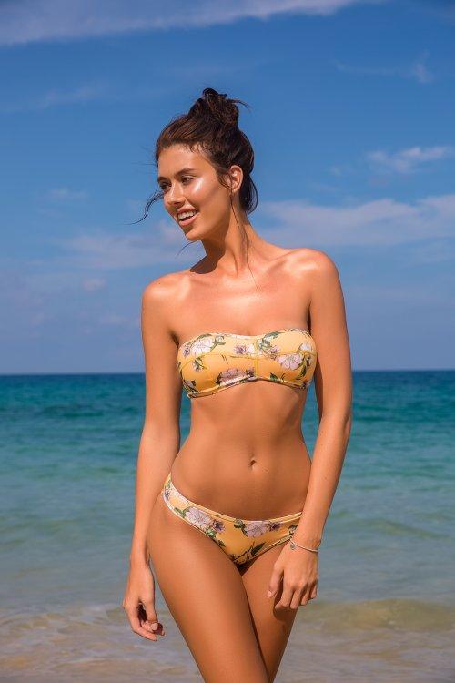 Ilya Bukowski arte fotografia fashion mulheres modelos biquinis roupas de banho praia beleza Jessica Bartlett