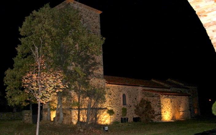 Iglesia de Pandorado en Omaña