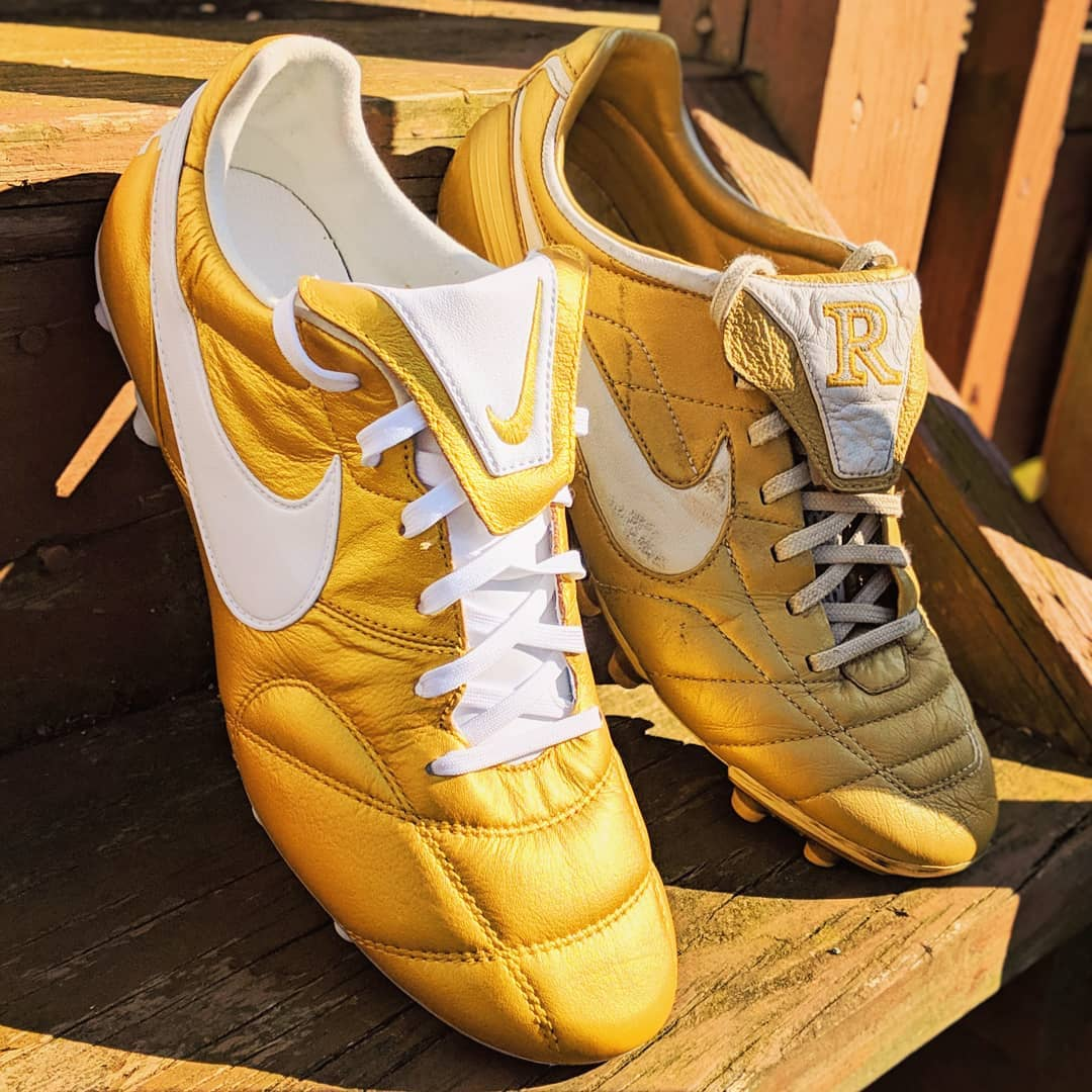best website 9d6b6 f82a8 The Metallic Vivid Gold  White Nike Premier II soccer cleat is inspired by  Ronaldinhos famous golden boots.