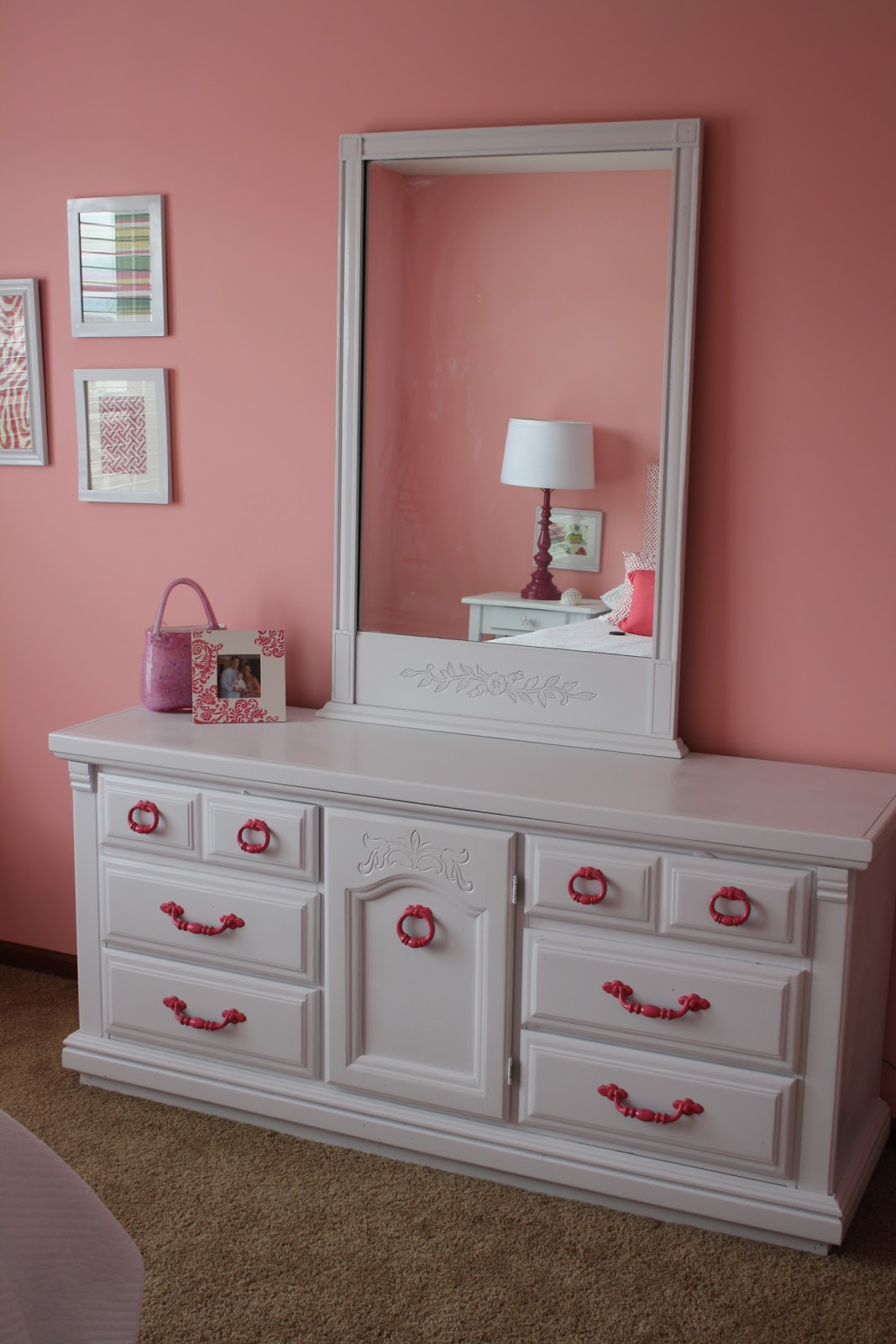 bedroom chair m&s antique rocking chairs for sale so stinkin 39 cute glam girl dresser and prints