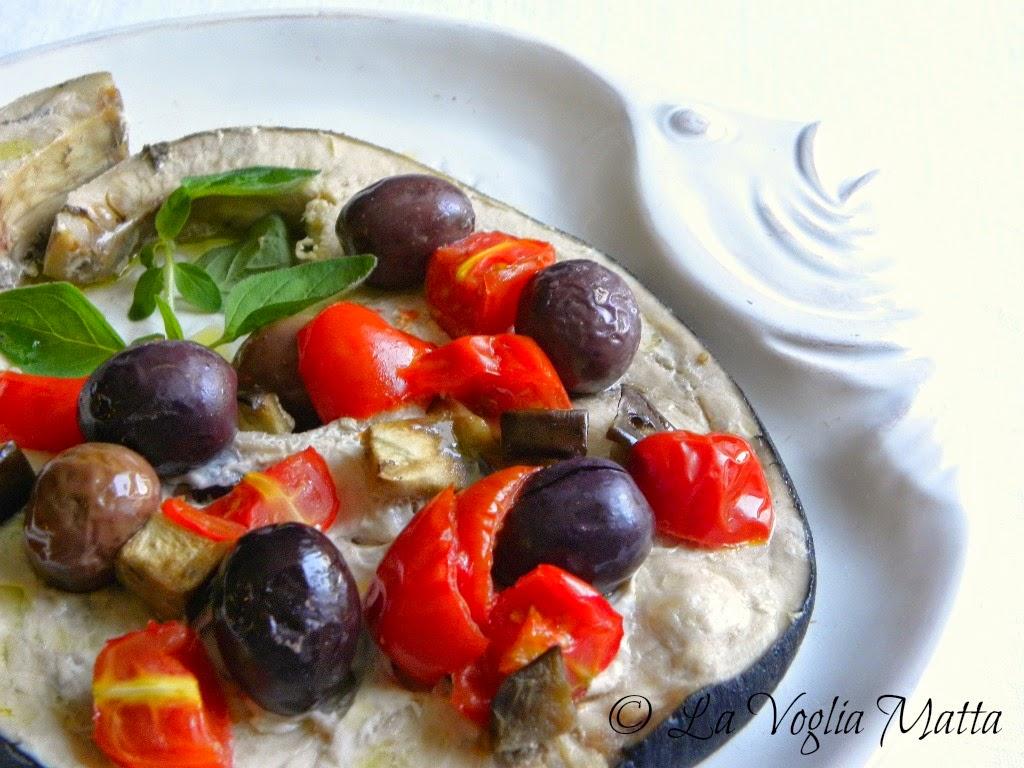 trancio di spada al forno con olive kalamata, pomodori datterini  e melanzane