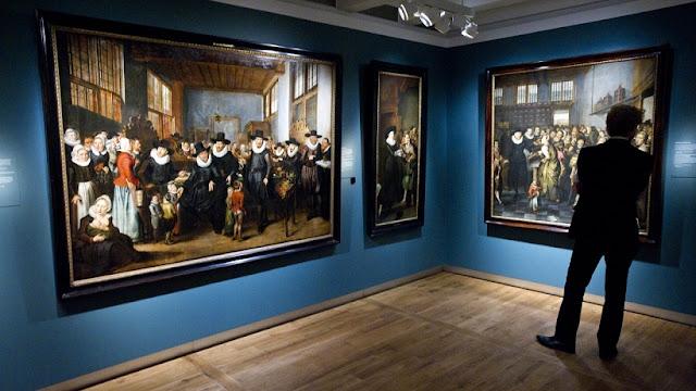 Exposições permanentes no Hermitage Museum em Amsterdã