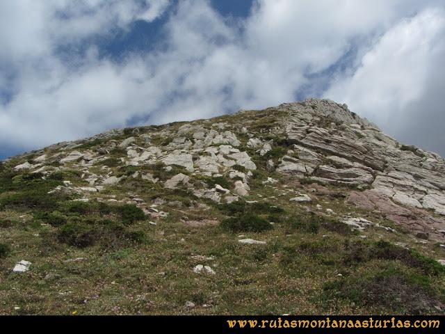 Ruta Ventaniella, Ten y Pileñes: Tomando la arista a la cima del Ten