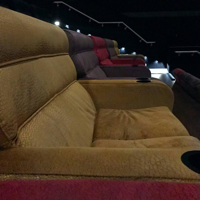 empire-cinema-sutton-review-sofas
