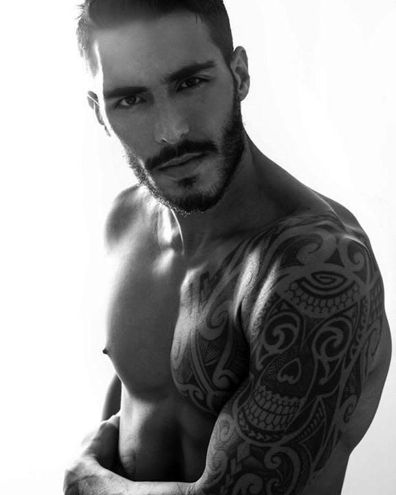 Garotos e Gatas | Fotos do belo modelo Paulo Philippe