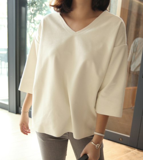 V-Neck Drop Shoulder 3/4 Sleeve Blouse