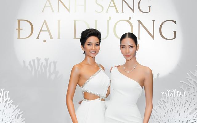 Hoa hậu H'Hen Niê và Á hậu Hoàng Thùy