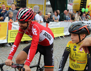 The lucky local lad with a slightly shy Thomas De Gendt