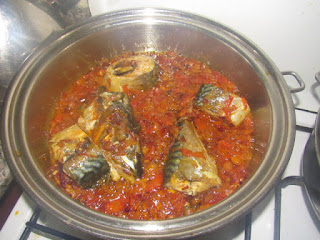 cooked fish in sauce