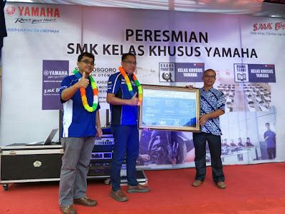 Peresmian Kelas Khusus Yamaha di Padang