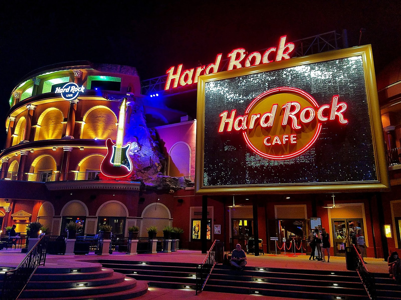 Tastes Of Orlando: Hard Rock Cafe Orlando