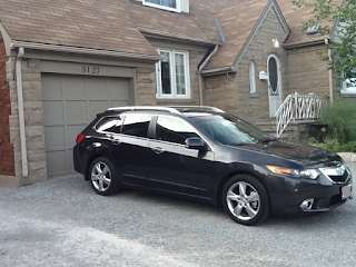 TSX Wagon in a driveway